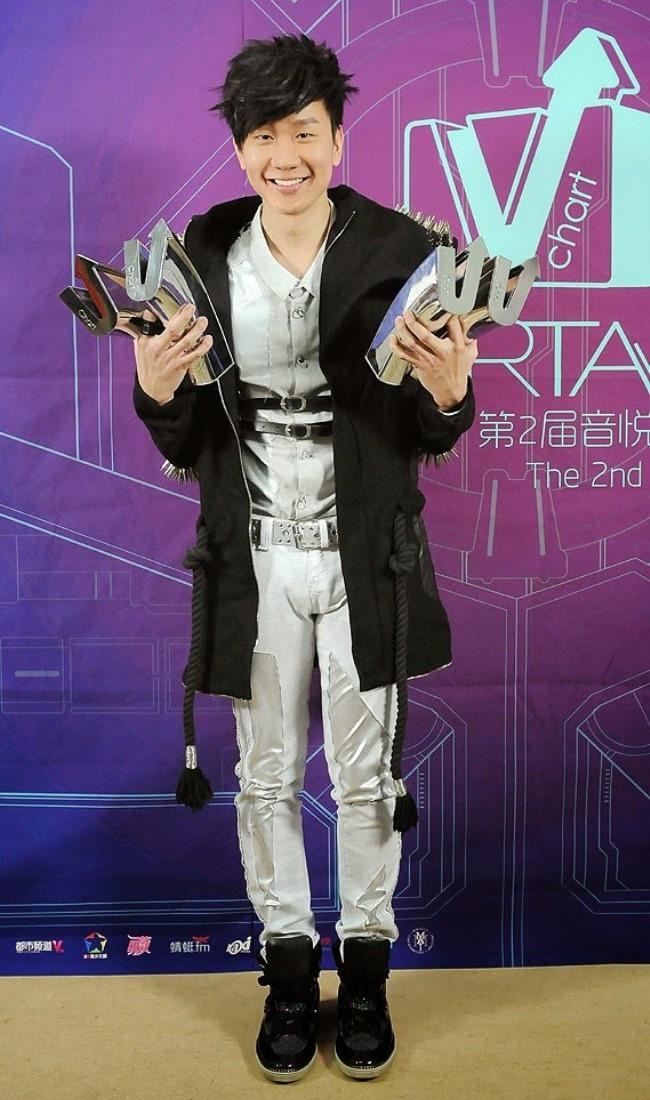 WTFSG_2014-V-chart-awards_jj-lin