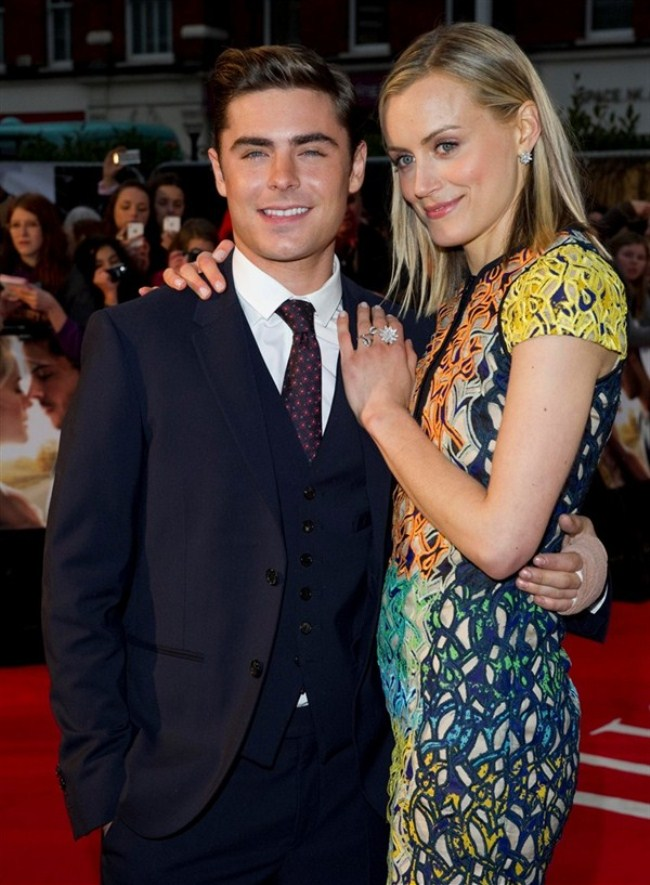 WTFSG_Zac-Efron_taylor-schilling-london-premiere-the-lucky-one_1