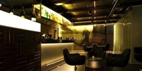 WTFSG_aston-martin-club-lounge-singapore