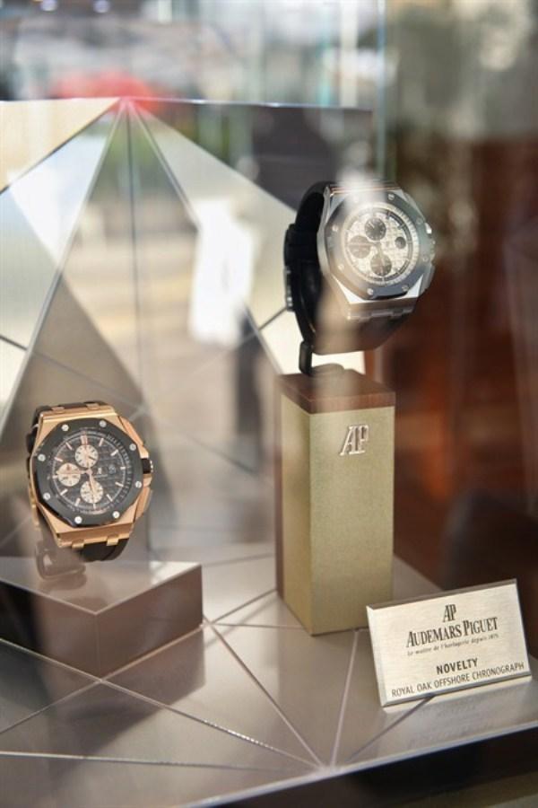 WTFSG_audemars-piguet-hk-reveals-new-royal-oak-offshore-chronograph_timepieces