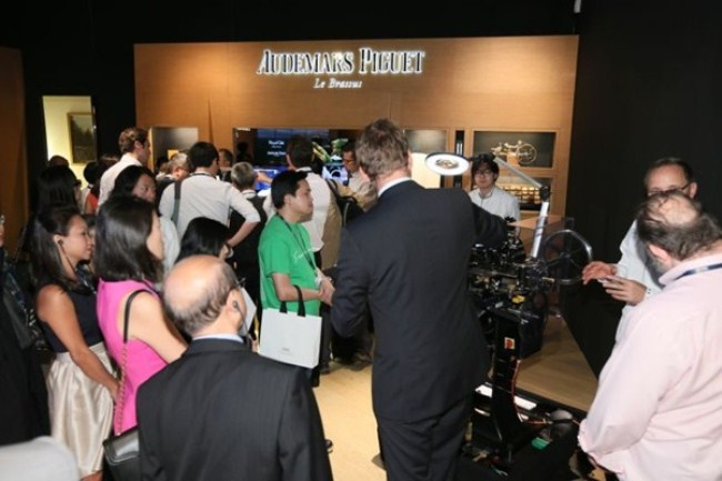 WTFSG_audemars-piguet-hosts-vips-at-watches-wonders-2013_4