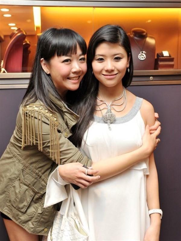 WTFSG_boucheron-welcomes-hongkong-land-with-a-bang_Flossie_Amanda-Chang
