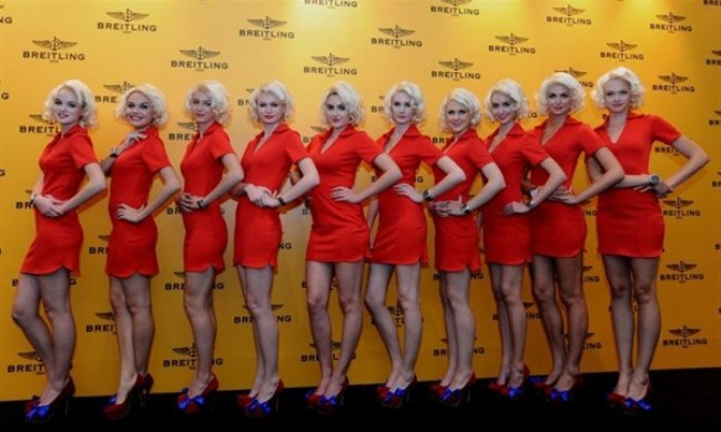 WTFSG_breitling-launches-flagship-store-singapore_Pin-up-Models