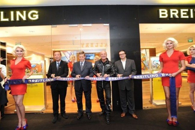 WTFSG_breitling-launches-flagship-store-singapore_Ribbon-cutting