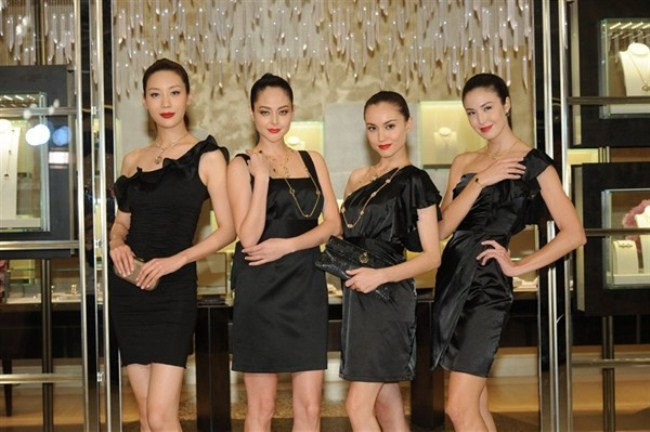WTFSG_bulgari-re-opens-in-ifc-mall_Mikki Yao_Jocelyn-Luko_Mandy-Lieu_Marcela-B