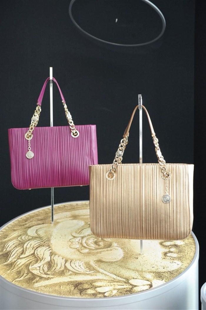 WTFSG_bulgari-spring-2012-accessories_Monete-collection