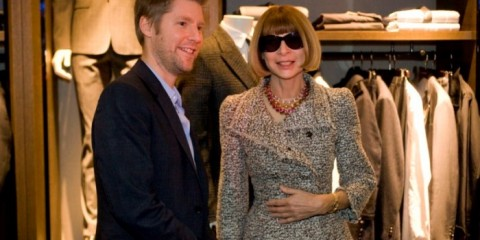 WTFSG_burberry-japan-vogue-fashion-night-out_Christopher-Bailey_Anna-Wintour