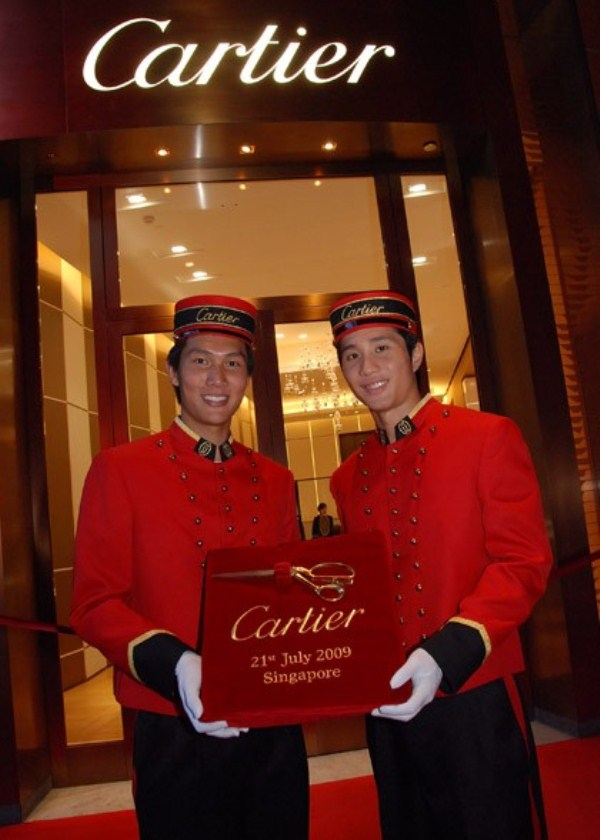 WTFSG_cartier-arrives-in-style-at-ion-orchard