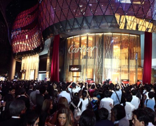 WTFSG_cartier-arrives-in-style-at-ion-orchard_4