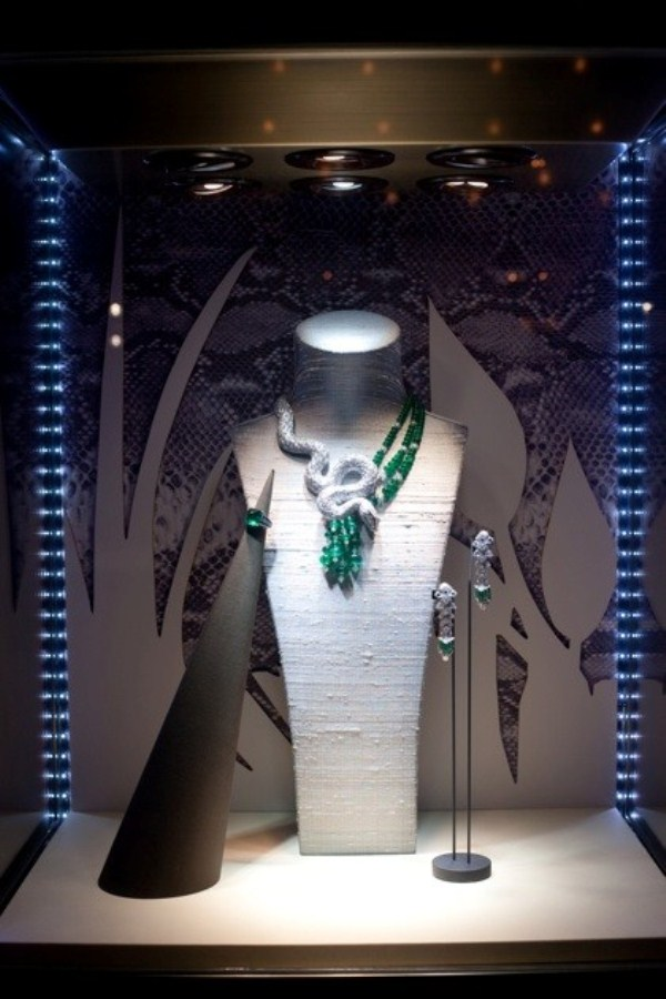 WTFSG_cartier-debuts-new-jewellery-collection-hk_secrets-et-merveilles