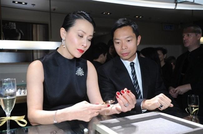 WTFSG_chaumet-reopens-elements-boutique-hong-kong_Carina-Lau_Charles-Leung