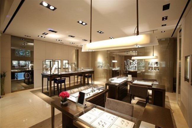 WTFSG_chaumet-reopens-elements-boutique-hong-kong_interior