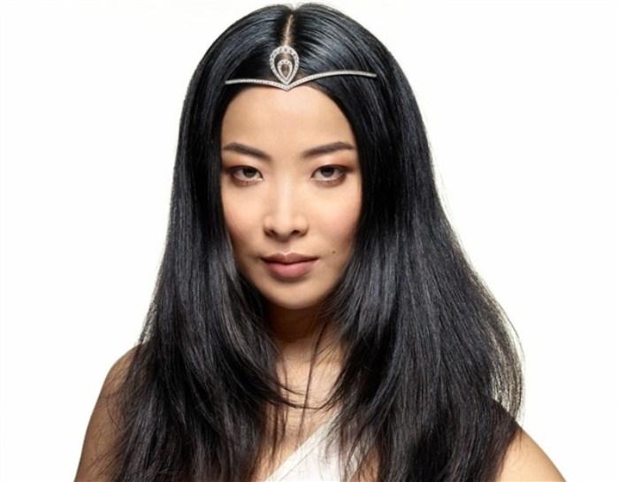 WTFSG_chaumet-the-art-of-tiara-making-exhibition-hong-kong_Lika-Minamoto_1