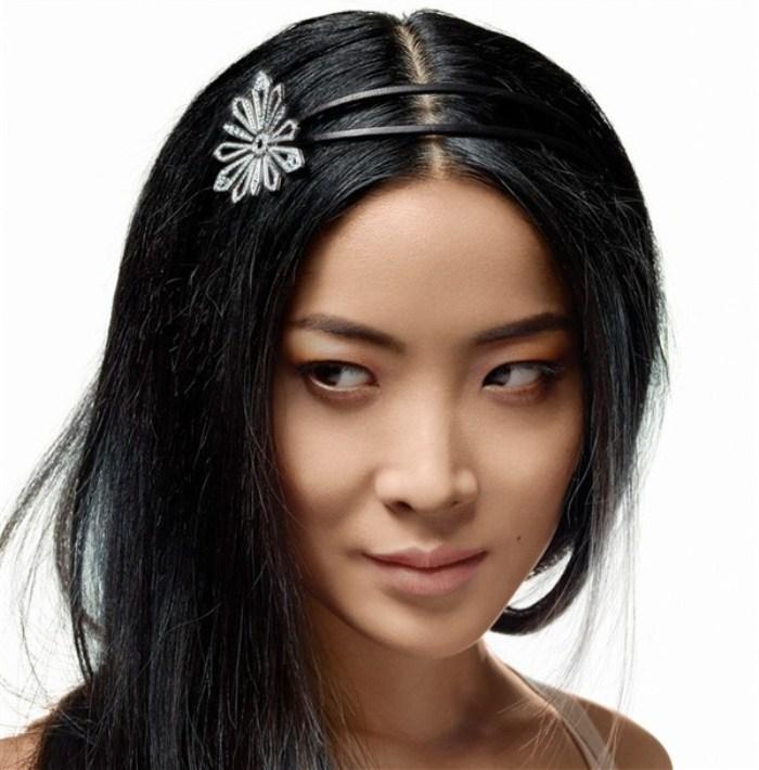 WTFSG_chaumet-the-art-of-tiara-making-exhibition-hong-kong_Lika-Minamoto_2