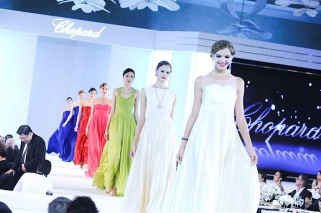 WTFSG_chopard-high-jewelry-gala-singapore_catwalk