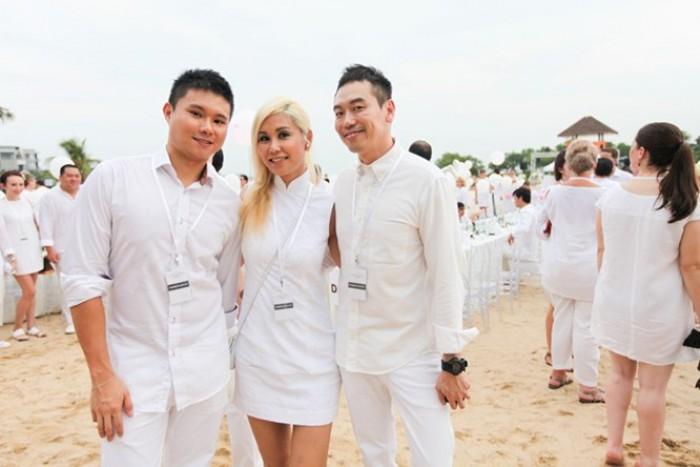 WTFSG_diner-en-blanc-singapore-2014_Jimmy-Tan_Marie-Choo_Willin-Low