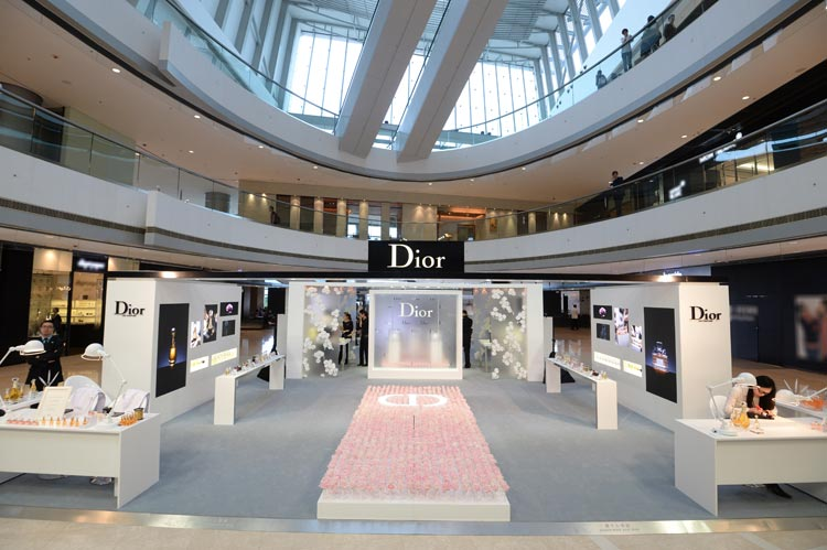 WTFSG_dior-maison-de-parfum-exhibition-ifc_5