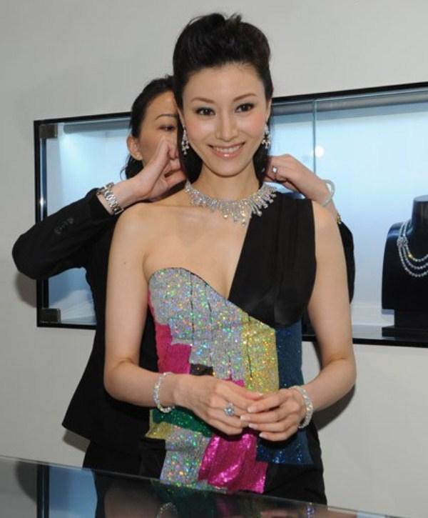 WTFSG_forevermark-hk_Michelle Reis_1