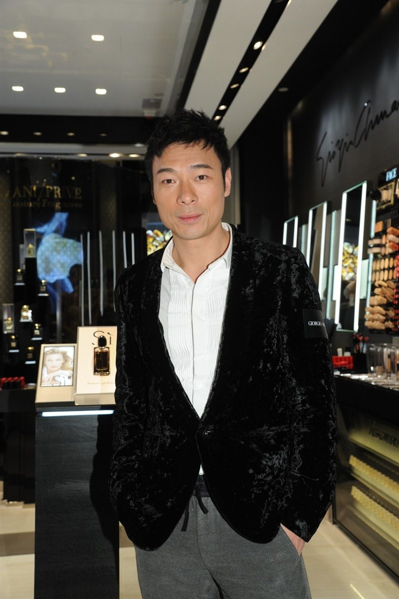 WTFSG_giorgio-armani-beauty-unveils-new-boutique-ifc-hk_andy-hui