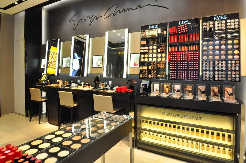 WTFSG_giorgio-armani-beauty-unveils-new-boutique-ifc-hk_interior_1