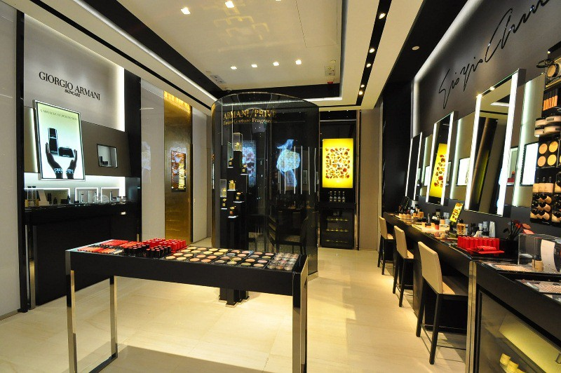 WTFSG_giorgio-armani-beauty-unveils-new-boutique-ifc-hk_interior_2