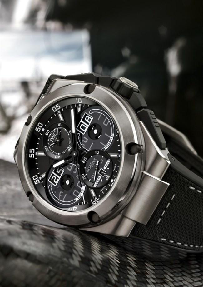 WTFSG_iwc-schaffhausen-ingenieur-watches-sihh-2013_Constant-Force-Perpetual-Calendar