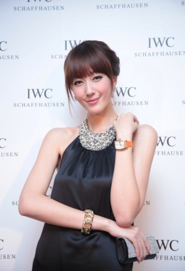 WTFSG_iwc-shanghai-boutique-opening-auction_Stella-Song