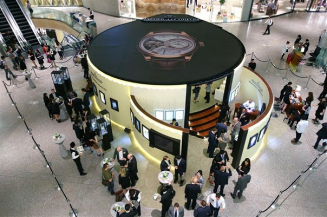 WTFSG_jaeger-lecoultre-manufacture-comes-to-you-exhibition_4