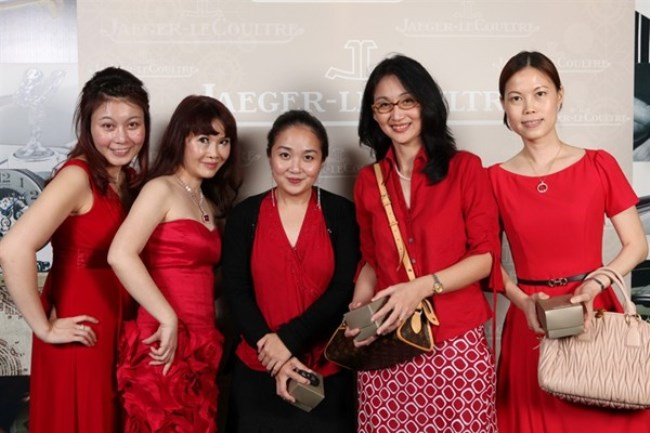 WTFSG_jaeger-lecoultre-toasts-new-year-kuala-lumpur_Jessie-Lee_May-Lee_Clarice-Chan_Bernice-Chan_Huey-Lean