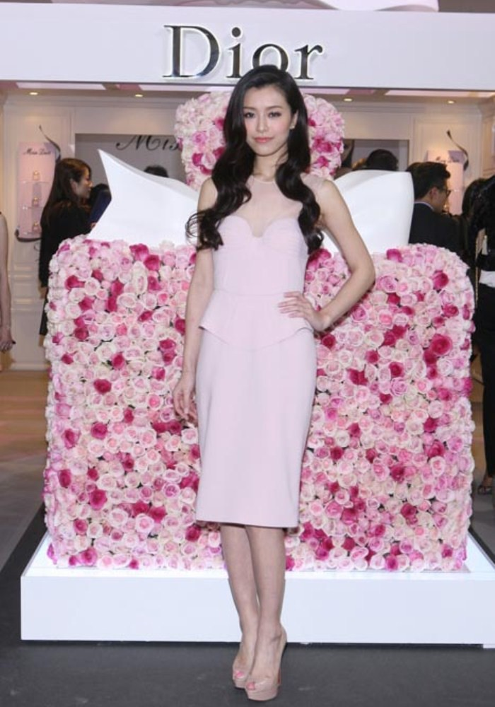 WTFSG_miss-dior-fragrance-of-the-creator-exhibition-opening_10