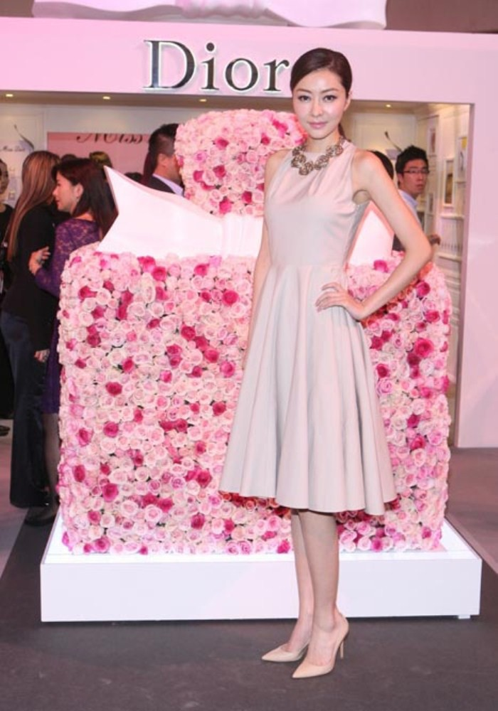 WTFSG_miss-dior-fragrance-of-the-creator-exhibition-opening_11