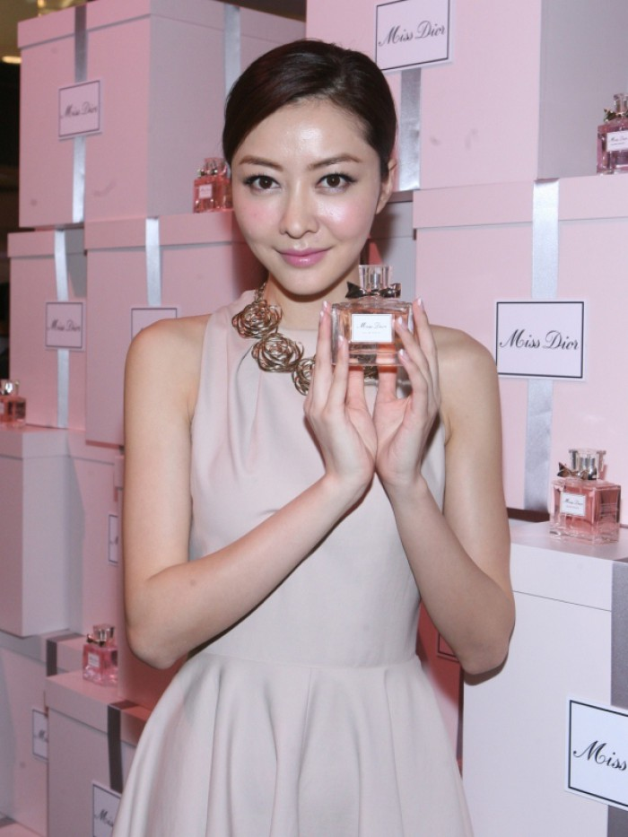 WTFSG_miss-dior-fragrance-of-the-creator-exhibition-opening_5