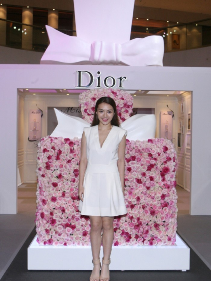 WTFSG_miss-dior-fragrance-of-the-creator-exhibition-opening_6