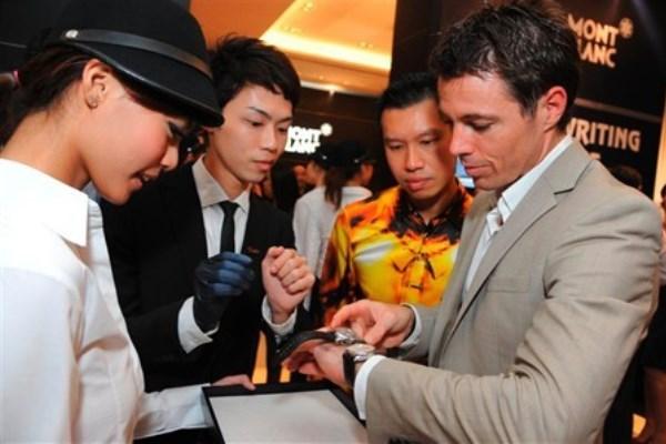 WTFSG_montblanc-travelling-exhibit-historic-chronographs-singapore_David-Tan_Cameron-Savage
