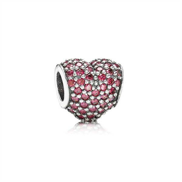 WTFSG_pandora-unveils-valentines-collection-2013_1