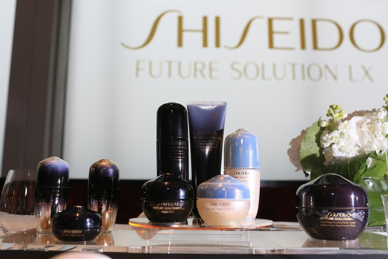 WTFSG_shiseido-future-solution-lx-tea-gathering-products