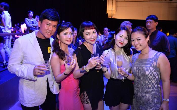 WTFSG_singtel-singapore-grand-prix-2013_Anthony-Teo_Codee-Wong_Frances-Low_Joanna-Seet_Candice-Tan