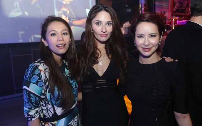 WTFSG_singtel-singapore-grand-prix-2013_Ginny-Chew_Nuraliza-Osman_Celina-Lin