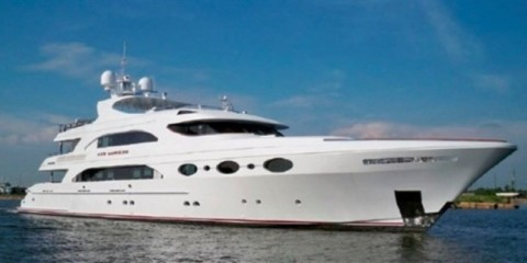 WTFSG_superyachts-hainan-rendez-vous-2013_Red-Sapphire_Trinity-Yachts
