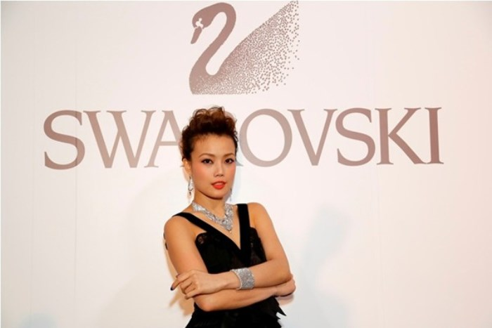 WTFSG_swarovski-style-yourself-with-jewelry-exhibition-hong-kong_Joey-Yung
