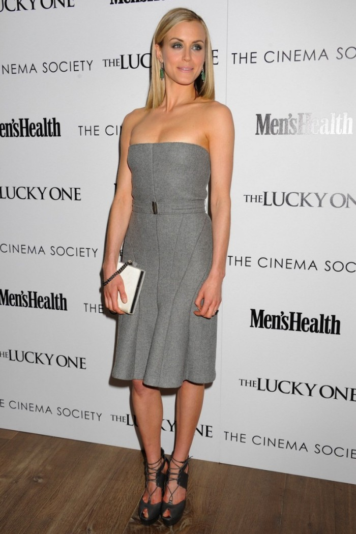 WTFSG_taylor-schilling-the-lucky-one-screening-new-york_3
