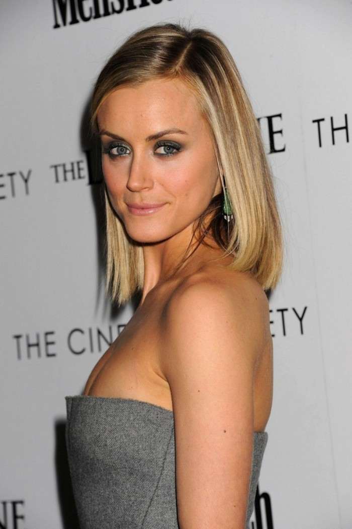 WTFSG_taylor-schilling-the-lucky-one-screening-new-york_4