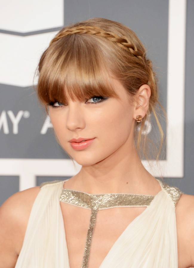 WTFSG_taylor-swift-braid-bangs