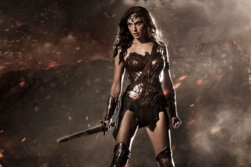 WTFSG_wonder-woman-costume-movie-batman-superman