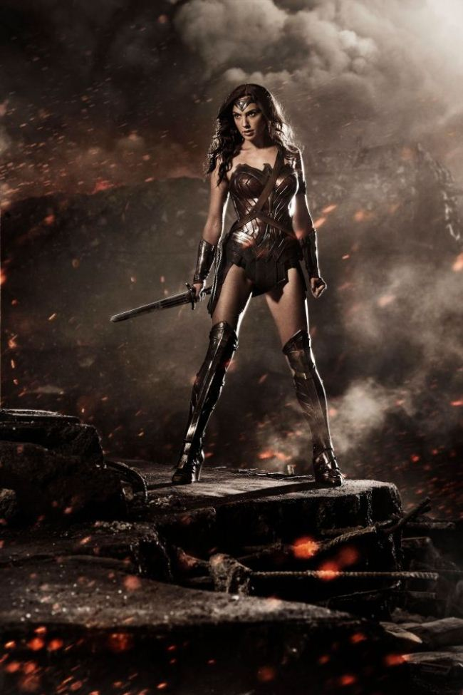 WTFSG_wonder-woman-costume-movie-batman-superman_gal-gadot