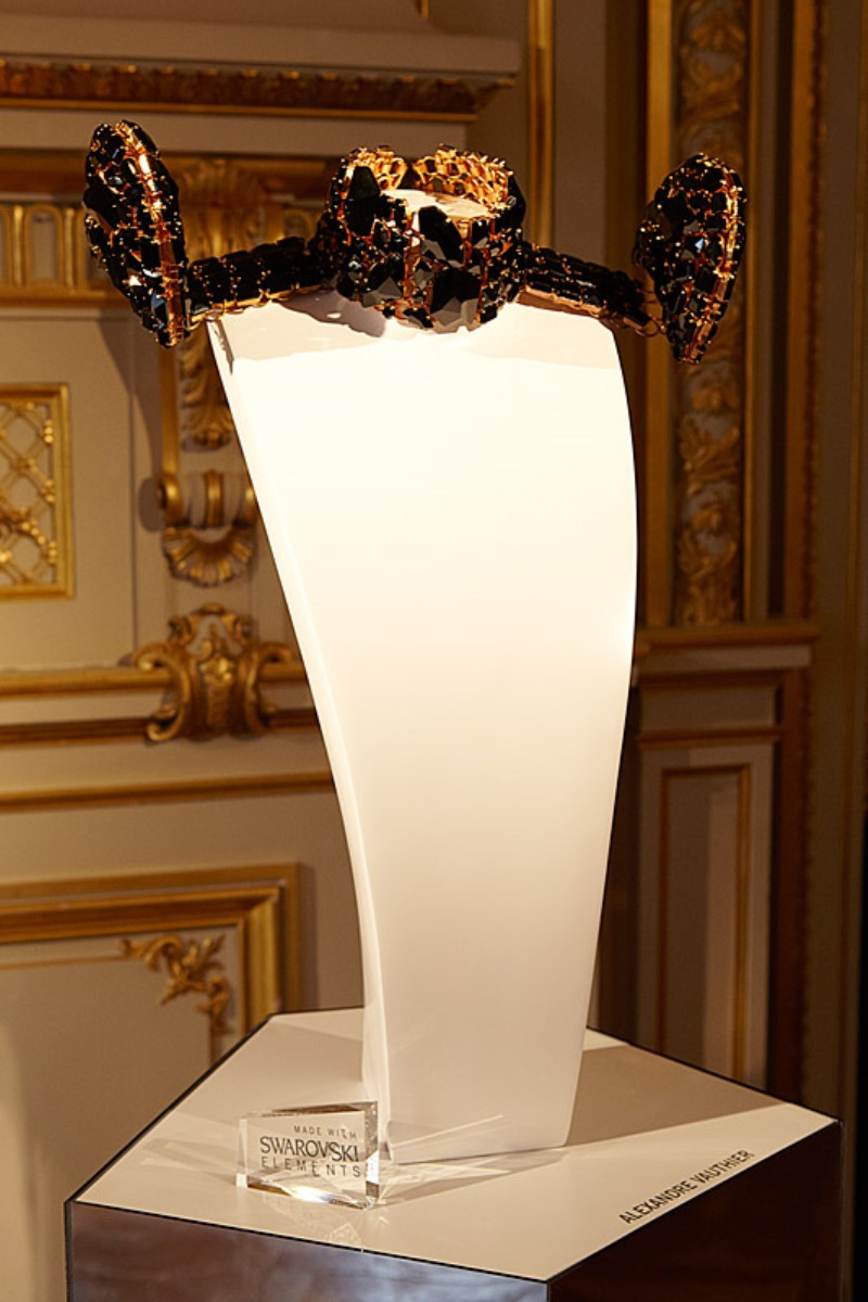 WTFSG_world-jewelry-facets-comes-to-paris_Alexandre-Vauthier