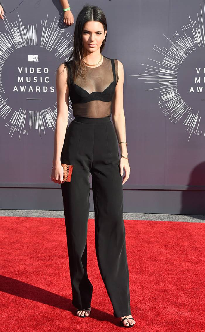 WTFSG-mtv-vma-red-carpet-kendall-jenner