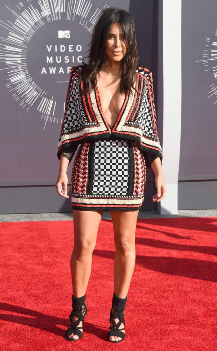 WTFSG-mtv-vma-red-carpet-kim-kardashian