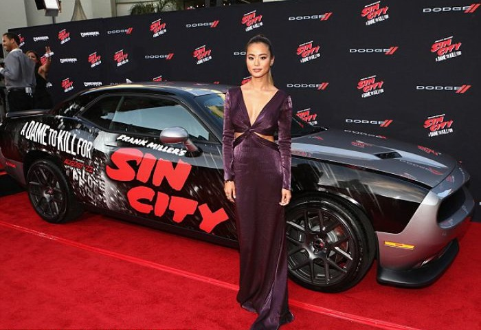 WTFSG-sin-city-a-dame-to-kill-for-la-premiere-Jamie Chung-plum coloured-dress