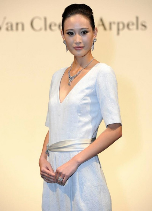 WTFSG-van-cleef-arpels-unveils-ballerina-clips-at-st-regis-singapore-2